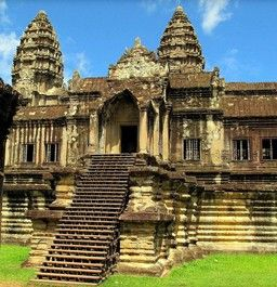 Inside Angkor Wat Place